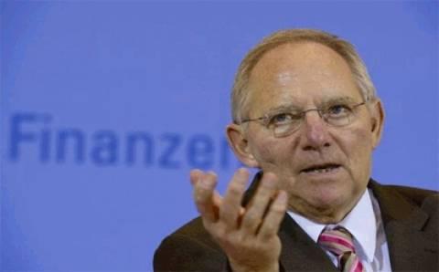 Πιθανές θεωρεί ο Σόιμπλε τις αγωγές κατά ΕΚΤ για την αγορά ομολόγων