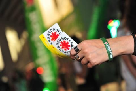 Η Heineken στους Red Hot Chili Peppers (pics-video)