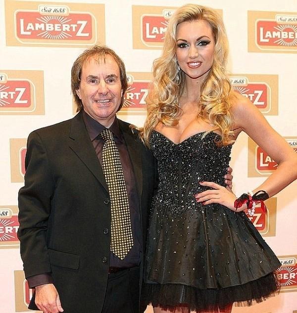 Η κόρη του Chris De Burgh γυμνή για το Playboy!