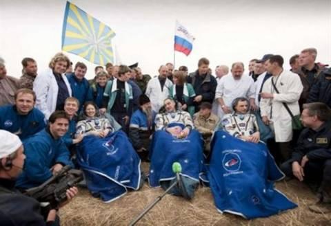 Επέστρεψε στη Γη το Σογιούζ από το Διεθνή Διαστημικό Σταθμό