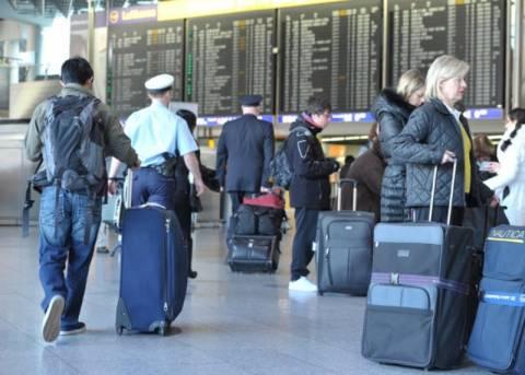 Tageszeitung: Νοτιοευρωπαίοι, να έχετε έτοιμα τα διαβατήριά σας