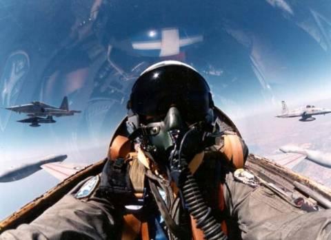 Το τέλος της Ελληνικής Πολεμικής Αεροπορίας με εντολή τρόικας