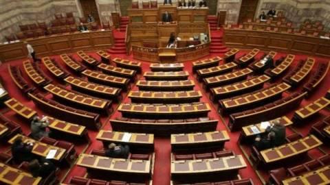 Υπερψηφίστηκε η τροπολογία του υπουργείου Ναυτιλίας