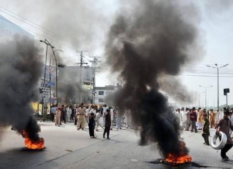 Πακιστάν: Μολότοφ στο προξενείο των ΗΠΑ στη Λαχόρη