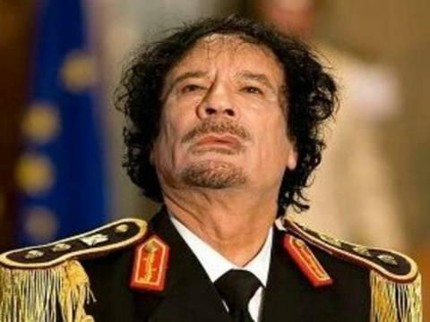 Μαρτυρία-σοκ: Ο Καντάφι απήγαγε και βίαζε μαθήτριες!