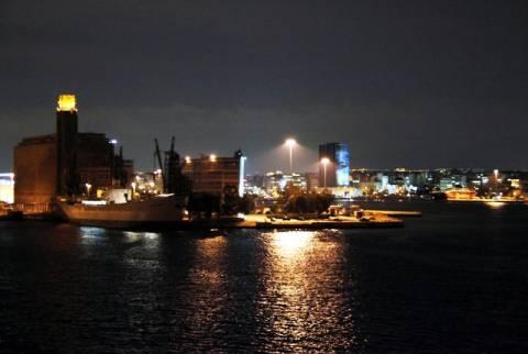 Ξεκίνησαν τα δρομολόγια των πλοίων από το λιμάνι του Πειραιά