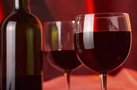 Κόκκινο κρασί για... καλύτερη σιλουέτα