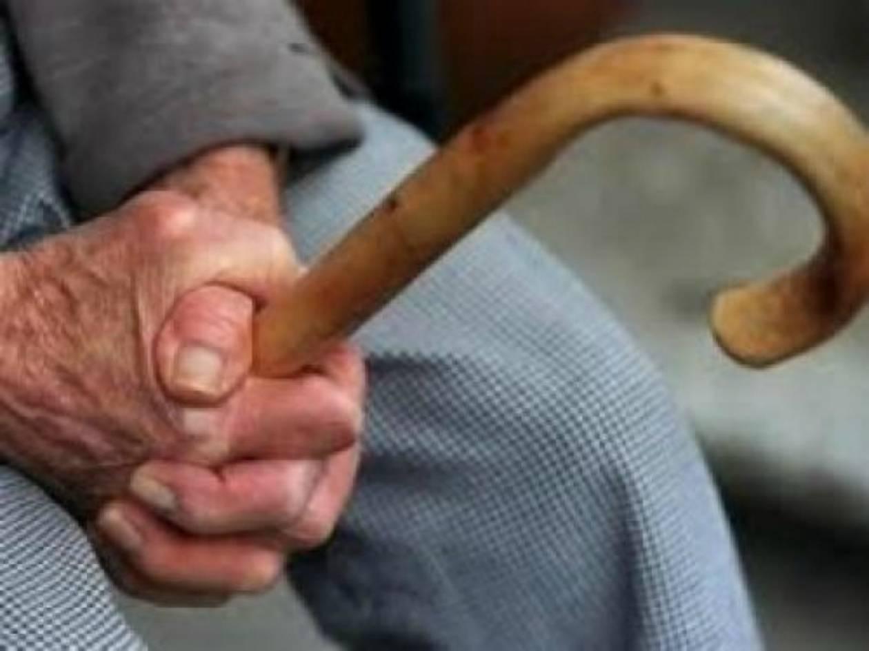 Άτυχος ηλικιωμένος άνοιξε την πόρτα στους ληστές