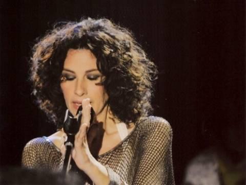 H Eλ. Αρβανιτάκη τραγουδάει J.A.C.E. όπως δεν την έχεις ξανακούσει