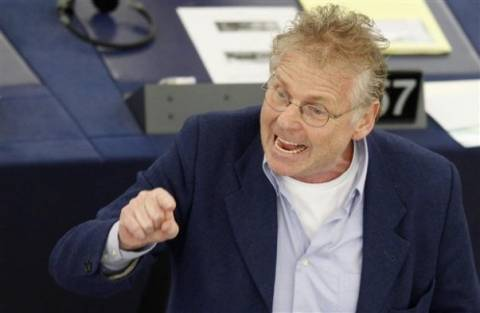 Κον Μπεντίτ: Κίνδυνος δικτατορίας για την Ελλάδα