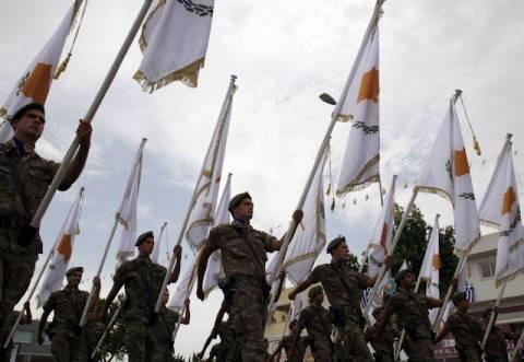 Βίντεο: Στρατιωτική παρέλαση στη Λευκωσία για την επέτειο Ανεξαρτησίας