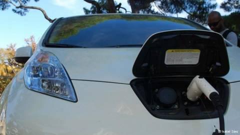 Ναι στο ηλεκτρικό αυτοκίνητο, όχι στις επιδοτήσεις