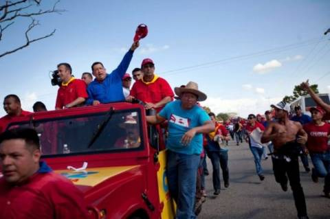«Σάλπισμα» νίκης του Τσάβες στις εκλογές της Βενεζουέλας
