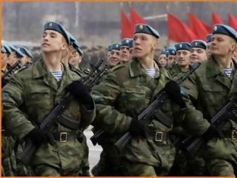 Ρώσοι πεζοναύτες παρέλασαν στη Λήμνο...