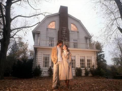 Στο σφυρί το πιο διάσημο... στοιχειωμένο σπίτι στον κόσμο!