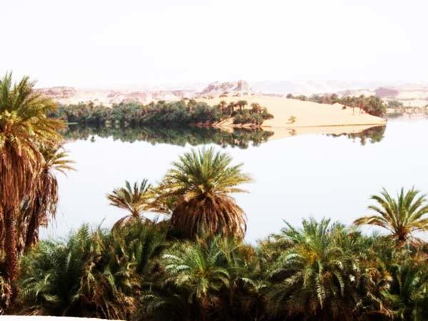 Λίμνες στο κέντρο της Σαχάρα!