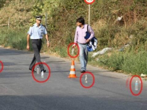 AΠΙΣΤΕΥΤΟ: Η Τροχαία αντί για κώνους έβαζε νερά και καφέδες στο δρόμο!