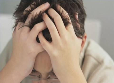 Διαστάσεις επιδημίας λαμβάνουν τα κρούσματα εφηβικής κατάθλιψης