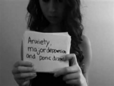 Οι Anonymous κατονόμασαν τον εκβιαστή της 15χρονης που αυτοκτόνησε