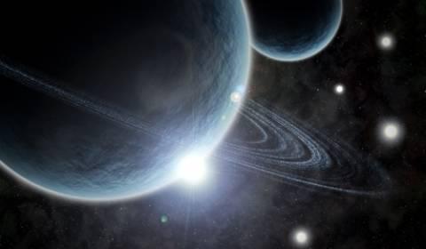 Βρέθηκε πλανήτης που περιβάλλεται από τέσσερα αστέρια
