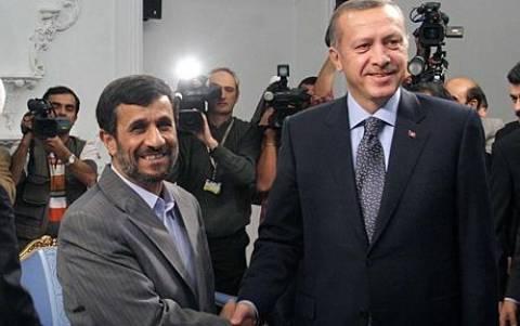 Τριμερείς συνομιλίες για τη Συρία προτείνει ο Ερντογάν