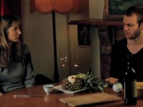 Βίντεο: Πώς ακούγονται τα αγγλικά σε όσους δεν τα μιλούν!