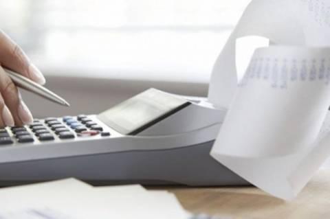 Σενάριο για φορολογικό συντελεστή 28% σε επαγγελματίες