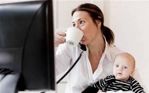 Το 2013 καταβολή επιδόματος μητρότητας σε αυτοαπασχολούμενες γυναίκες