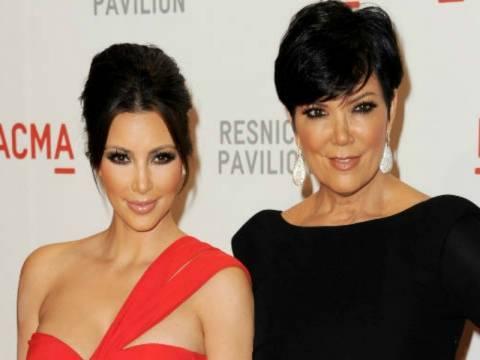 Kim Kardashian: Ανέβασε στο Twitter αποκαλυπτική φώτο της μαμάς της!