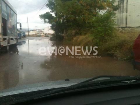 Προβλήματα από την έντονη βροχόπτωση στη Χαλκίδα