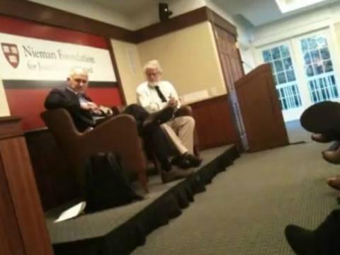 Βίντεο: Κρυφή κάμερα κατέγραψε ομιλία του Παπανδρέου στο Χάρβαρντ