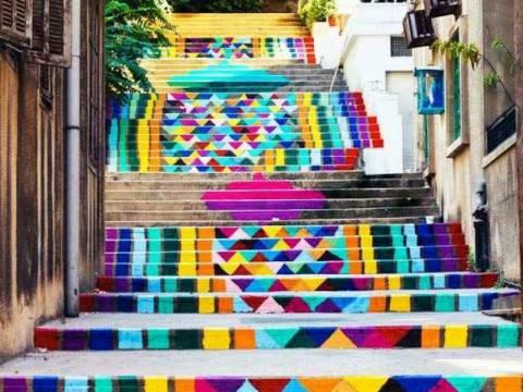 Δημόσιες σκάλες... έργα τέχνης! (pics)
