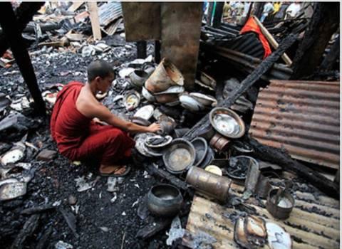 Αιματηρές συγκρούσεις στη Βιρμανία