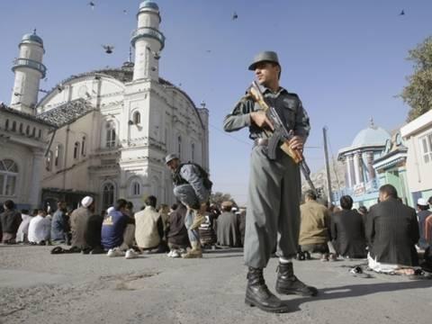 Αφγανιστάν: Και παιδιά μεταξύ των νεκρών στο τζαμί