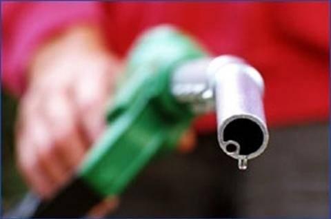 ΣΕΕΠΕ: Αντίθετος σε αλλαγές αδειοδότησης εταιρειών καυσίμων