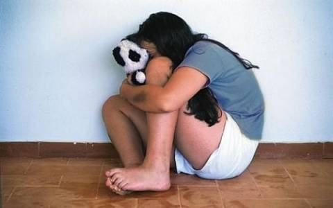 Ναύπλιο: Καταδικάστηκε ο πα-τέρας που βίαζε την ανήλικη κόρη του