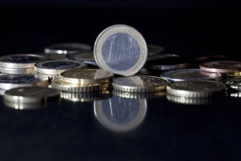 Το ευρώ σημειώνει άνοδο 0,31% και διαμορφώνεται στα 1,2944 δολάρια