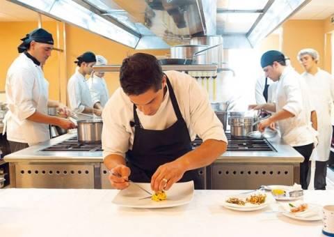 Έλληνες εργαζόμενους ζητούν τα αυστριακά εστιατόρια