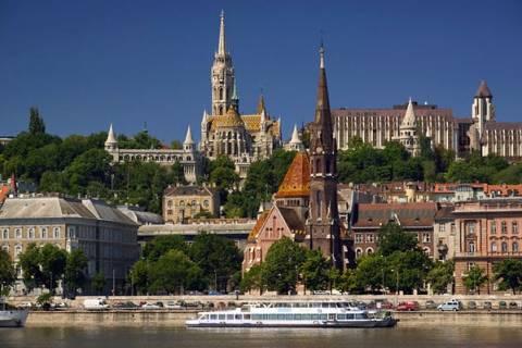 Ουγγαρία: Όποιος αγοράζει δημόσιο χρέος, του χαρίζουν...