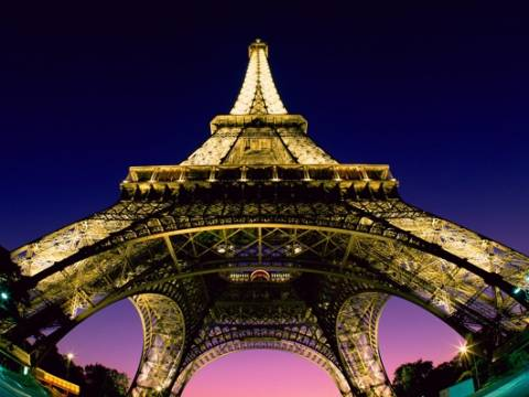 Αύξησαν λίγο τις δαπάνες τους οι Γάλλοι καταναλωτές τον Σεπτέμβριο