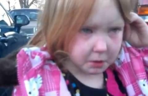 Βίντεο: «Bronco Bama Girl»-Tο κλάμα της 4χρονης για Ομπάμα-Ρόμνεϊ