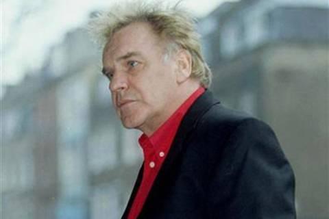 Συνελήφθη Βρετανός τραγουδιστής για το σκάνδαλο στο BBC