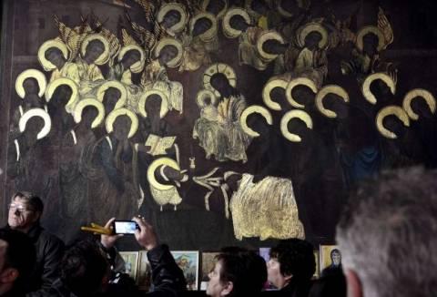 «Θαύμα» -απάτη σε εκκλησία των Σκοπίων