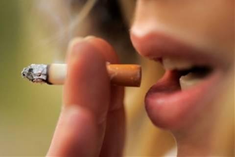 Πιο συχνές οι«κοπάνες» των καπνιστών
