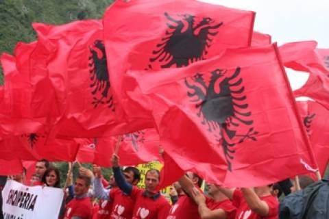 Φήμες για ακύρωση της εκδήλωσης των Ερυθρόμαυρων εθνικιστών