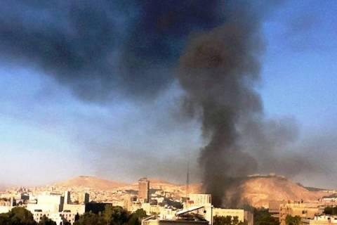 Συρία: Έκρηξη βόμβας κοντά σε στρατιωτικές εγκαταστάσεις στη Δαμασκό