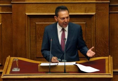 Άγρια κόντρα στη Βουλή κατά τη συζήτηση του πολυνομοσχεδίου