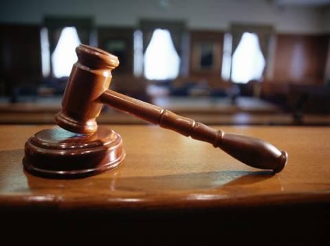 Αποφασίζεται η συνταγματικότητα των περικοπών στους δικαστικούς