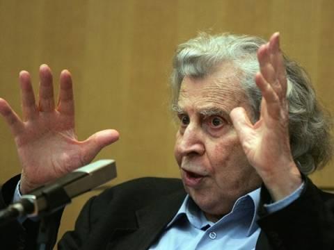 Μίκης Θεοδωράκης:«Ο εθνικός πλούτος είναι η μόνη ελπίδα»