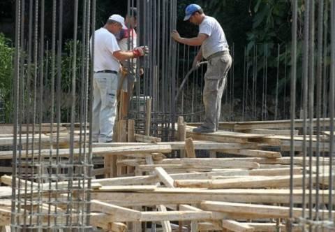ΕΛΣΤΑΤ: Δραματική μείωση των οικοδομικών αδειών